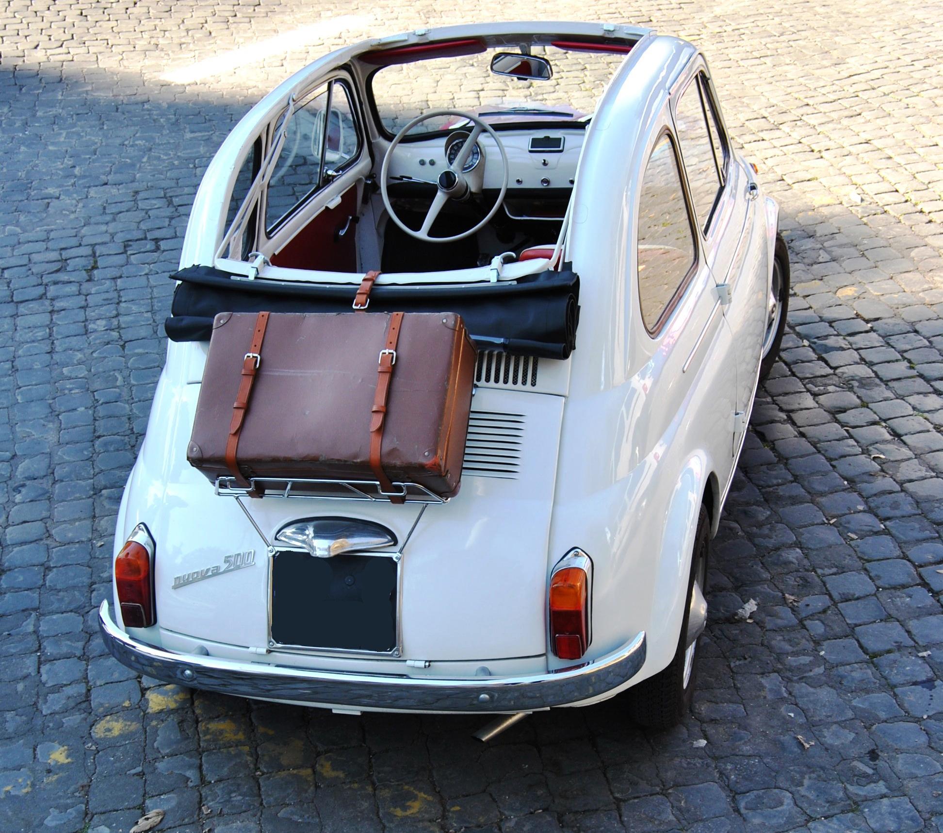 noleggio fiat 500 d e tricolore auto d 39 epoca per matrimoni e cerimonie a roma roma provincia. Black Bedroom Furniture Sets. Home Design Ideas