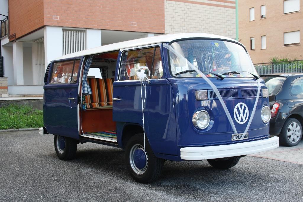 Noleggio volkswagen pulmino for Furgone anni 70 volkswagen